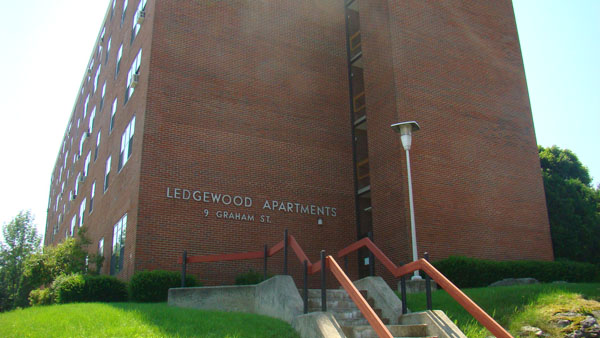 Ledgewood Apartments 1A